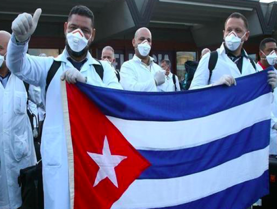 Ministério da Saúde publica editais para retorno dos médicos cubanos