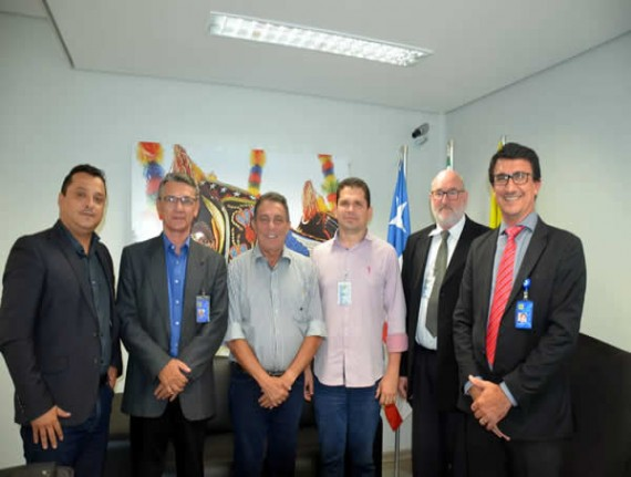 FAMEM cria assessoria para auxiliar  municípios na cobrança de tributos