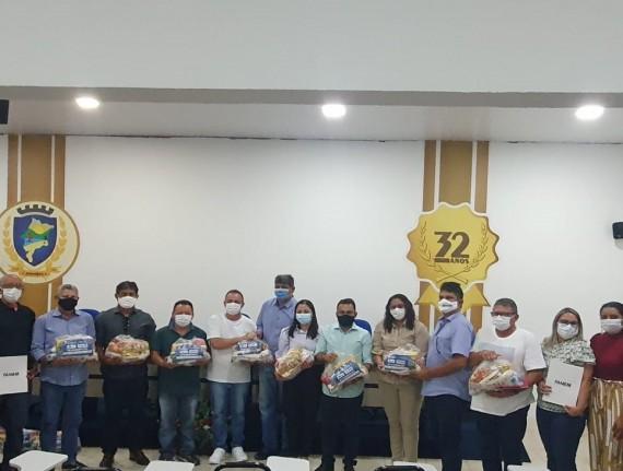 'Prato cheio': Famem entrega 14 mil kits alimentação a municípios maranhenses