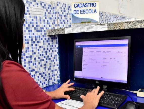 SMTT alerta escolas para o prazo de recadastramento ao benefício da meia passagem em São Luís