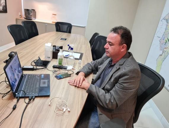 Presidente da Famem debate vacinação contra a covid-19 com CNM e Ministro da Saúde