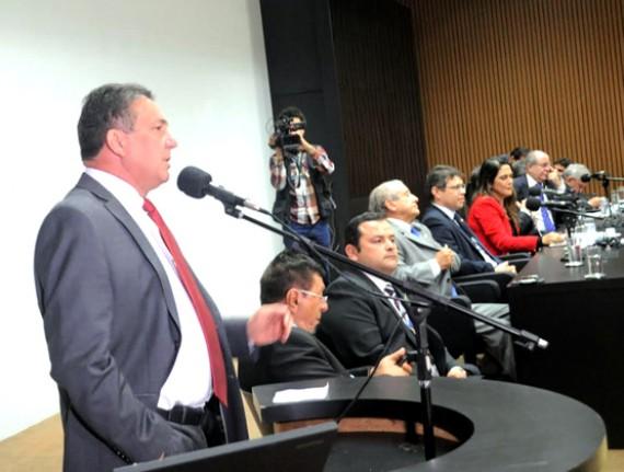 Tema clama pelo Pacto Federativo durante  reunião com Bancada Maranhense em Brasília