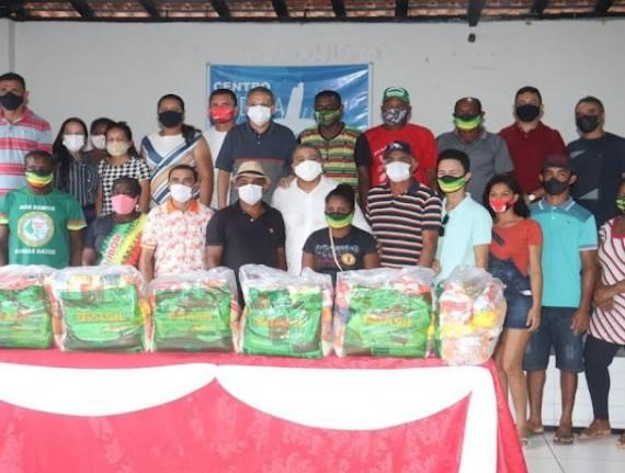 Santa Helena realiza doação de mais de 1.050 cestas básicas para comunidades quilombolas