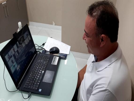 Diretoria da Famem se reúne com Flávio Dino para discutir combate à covid-19