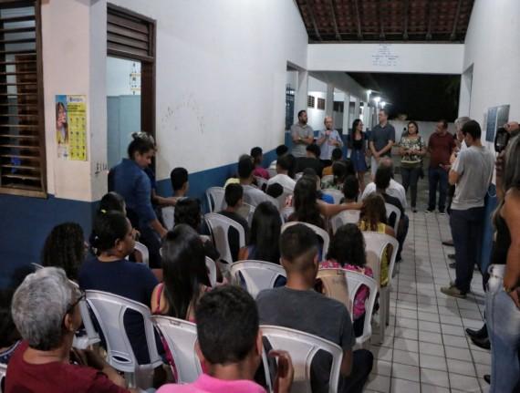 Caminhão da Juventude beneficia centenas de jovens em Ribamar