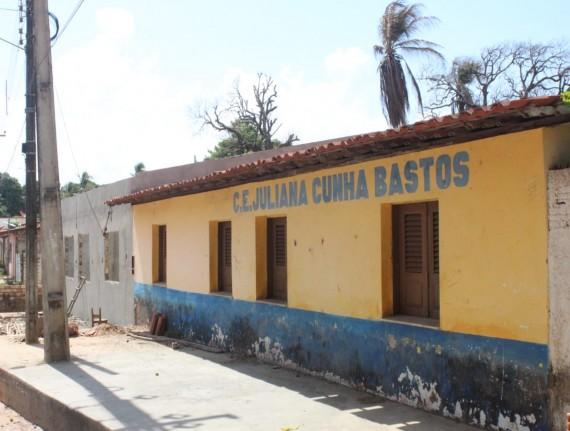 Centro de ensino JULIANA CUNHA BASTOS passa por reforma