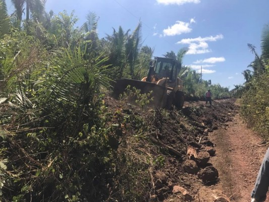 Resultado de imagem para melhorias nas estradas de coelho neto no governo américo