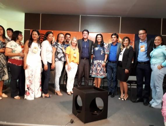Secretária Williane Caldas participa do encontro com Dirigentes…