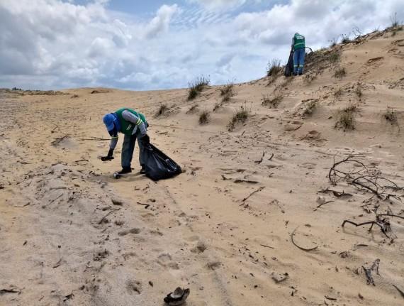 Blitz do Turismo realiza ação em praias e dunas de Tutóia