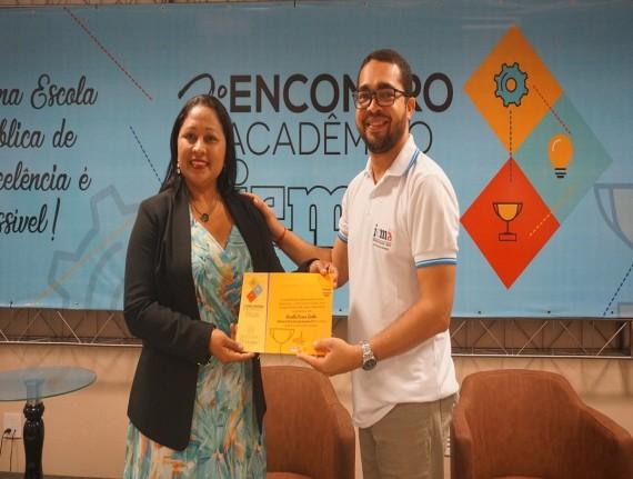 Linielda fica entre os seis prefeitos do Maranhão homenageados pelo IEMA por destaque na educação científica