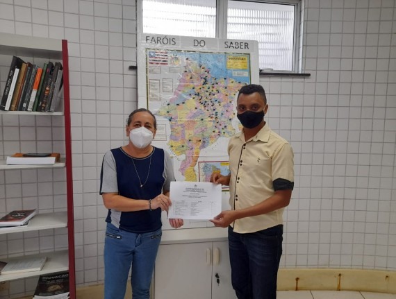 Secretário de Cultura de Paulino Neves recebe acervos novos…