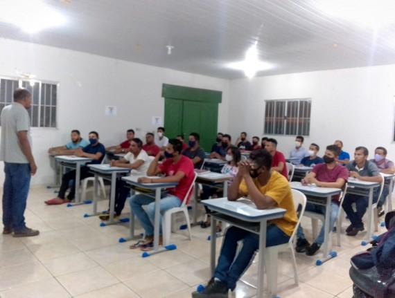 Prefeitura Municipal de Paulino Neves realiza aula inaugural do Curso de Eletricista Predial